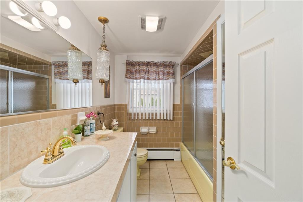 Delightful 8 Truman ST, Cherry Hill, Johnston, RI 02919